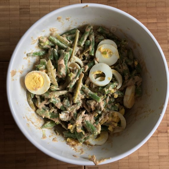 green beans w/ tuna cream