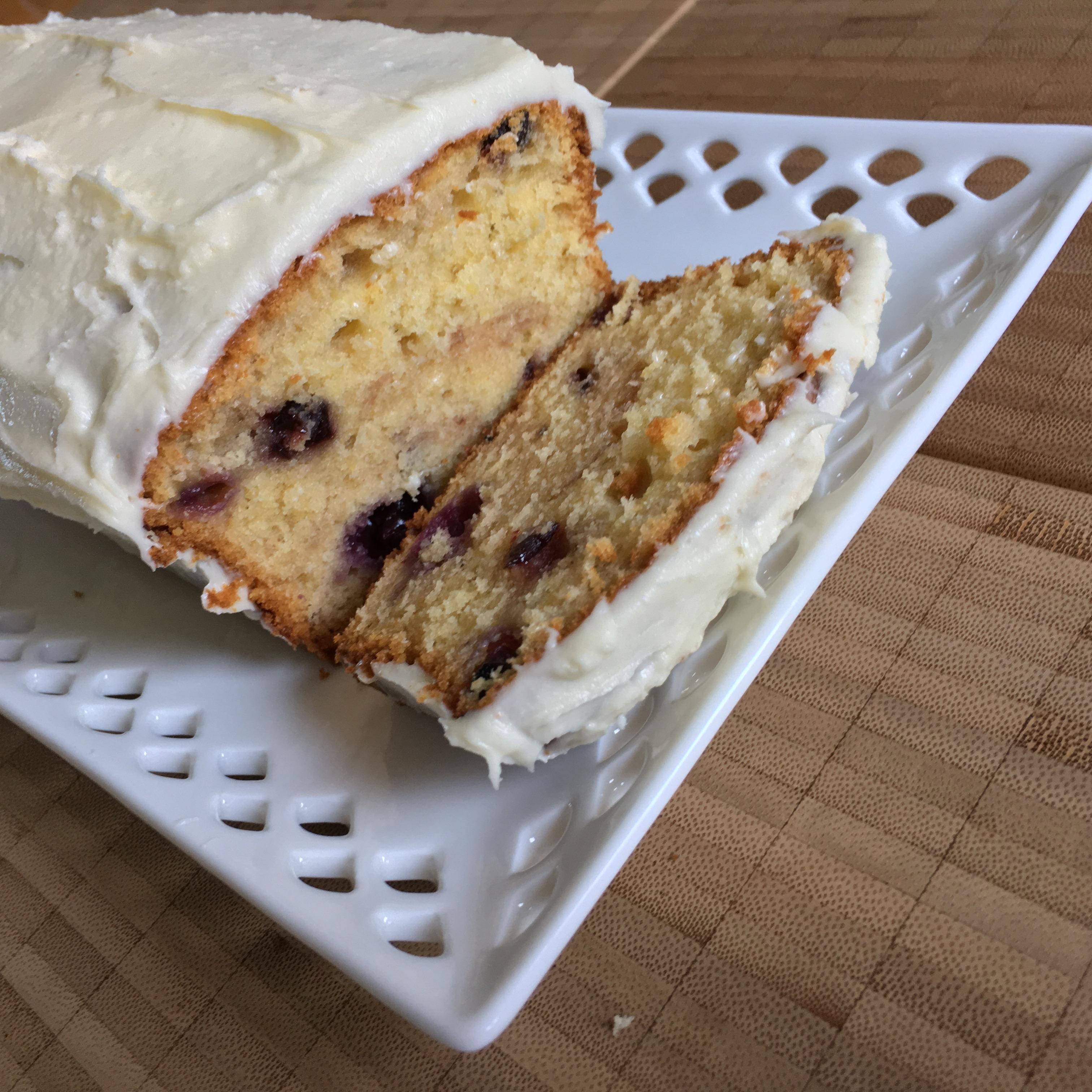 blueberries, blueberries… in a lemon cake!