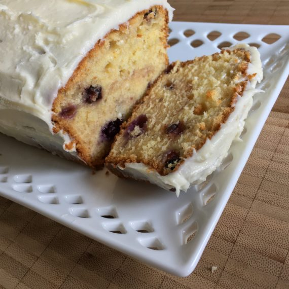 blueberries, blueberries… in a lemon cake!